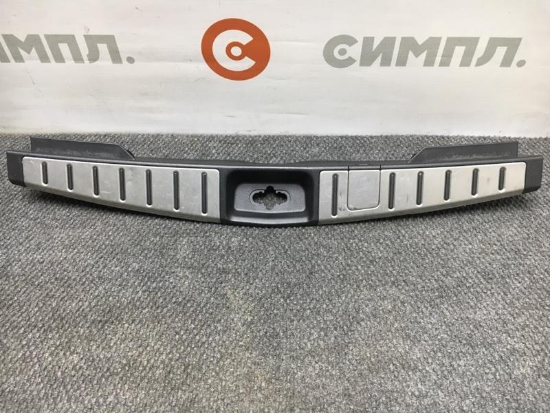 Панель замка багажника Nissan Murano PZ50 VQ35 2004 (б/у)