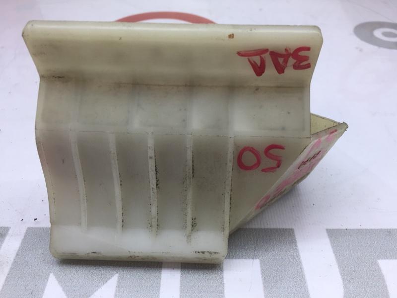 Крепление бампера Toyota Vista Ardeo SV50 3S-FSE 2000 заднее правое 51 ящик. (б/у)