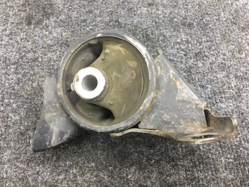 Подушка двигателя Honda Stream RN2 D17A 2001 правая (б/у)
