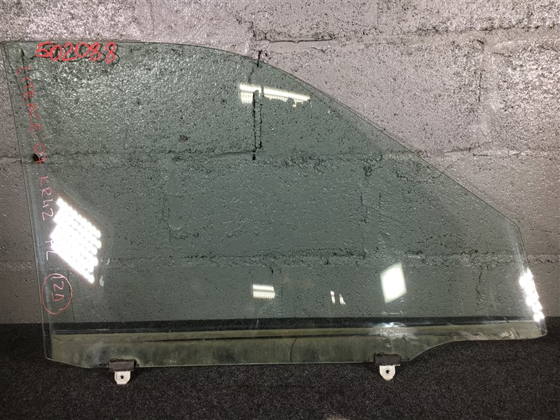 Стекло боковое Toyota Lite Ace Noah KR42 2007 переднее левое 502088 (б/у)