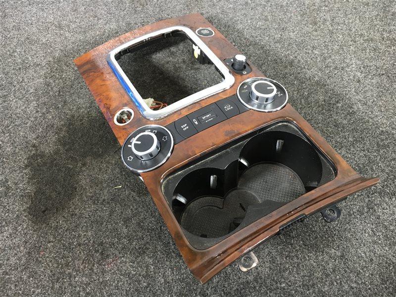 Консоль кпп Volkswagen Touareg 7LA 4200 CC BARA 2007 502568 (б/у)
