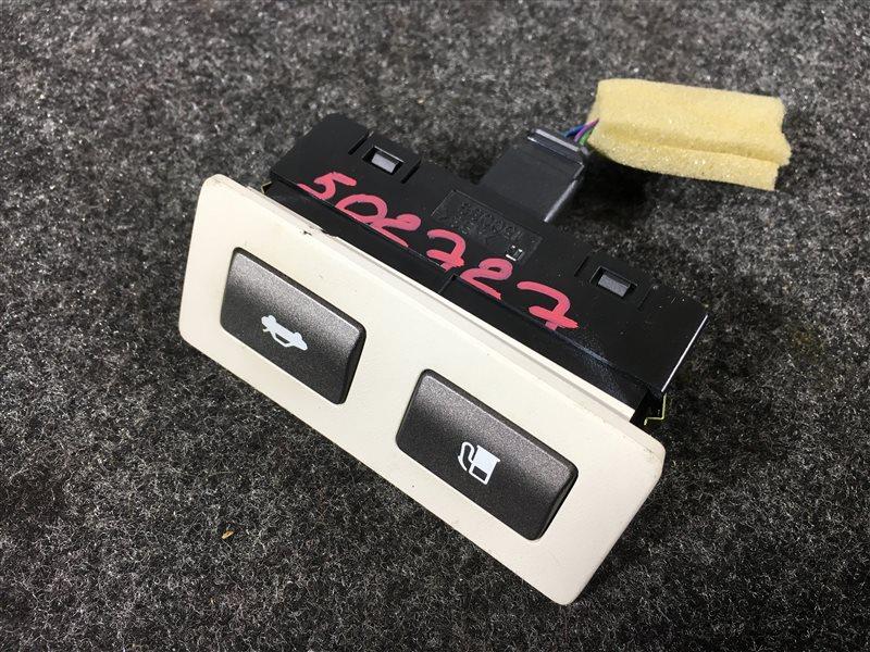 Кнопка открывания багажника Lexus Ls460 USF40 1UR 2008 502727 В сборе с кнопкой открывания (б/у)