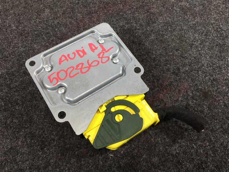 Блок управления airbag Audi A1 8XA CAXA 2011 502868 (б/у)