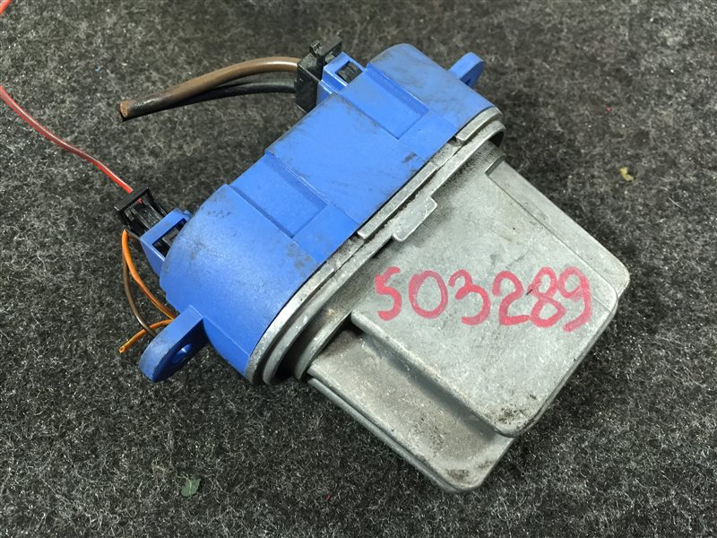 Резистор Volkswagen Touareg 7LA 4200 CC BAR 2007 503289 (б/у)