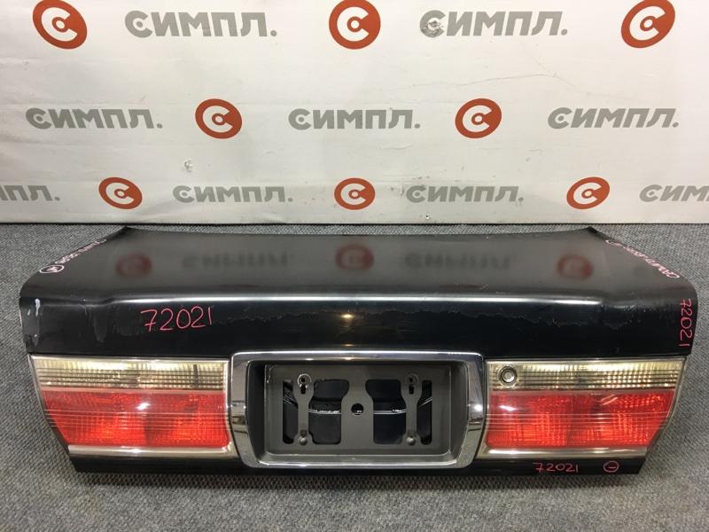 Крышка багажника Toyota Crown GS171 2001 72021 (+21.05.20) Облез лак (см. фото). 11С.[Т] (б/у)