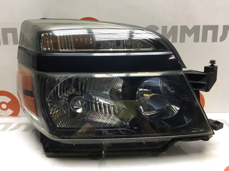 Фара Toyota Voxy AZR60 передняя правая 28-183 Ксенон, в сборе с блоком, без лампочки. (б/у)