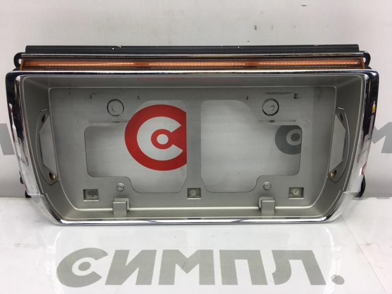 Рамка для крепления номера Toyota Crown JZS141 1JZ 1994 задняя На крышку багажника. (б/у)