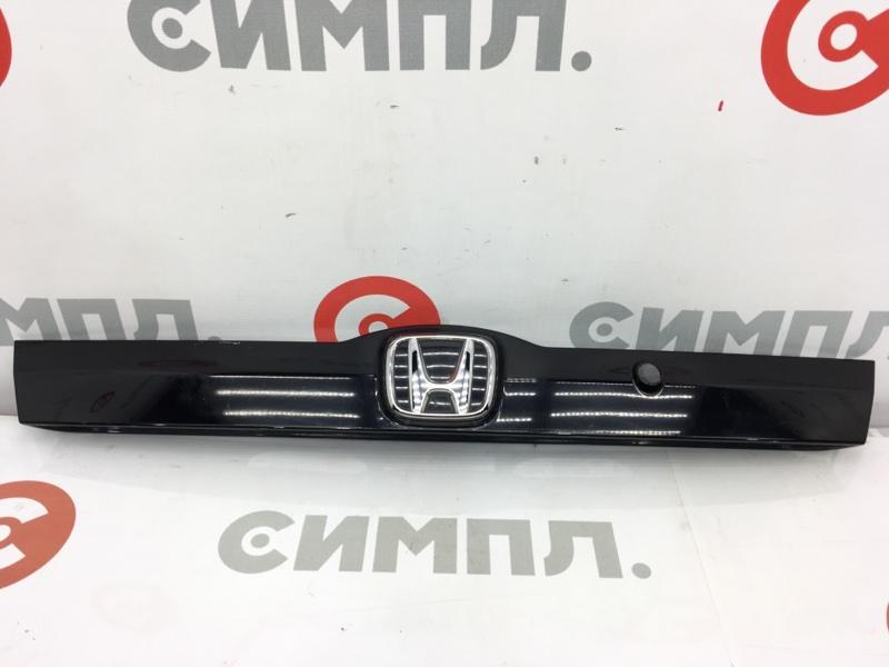 Накладка на дверь багажника Honda Fit GE6 L15A 2008 (б/у)