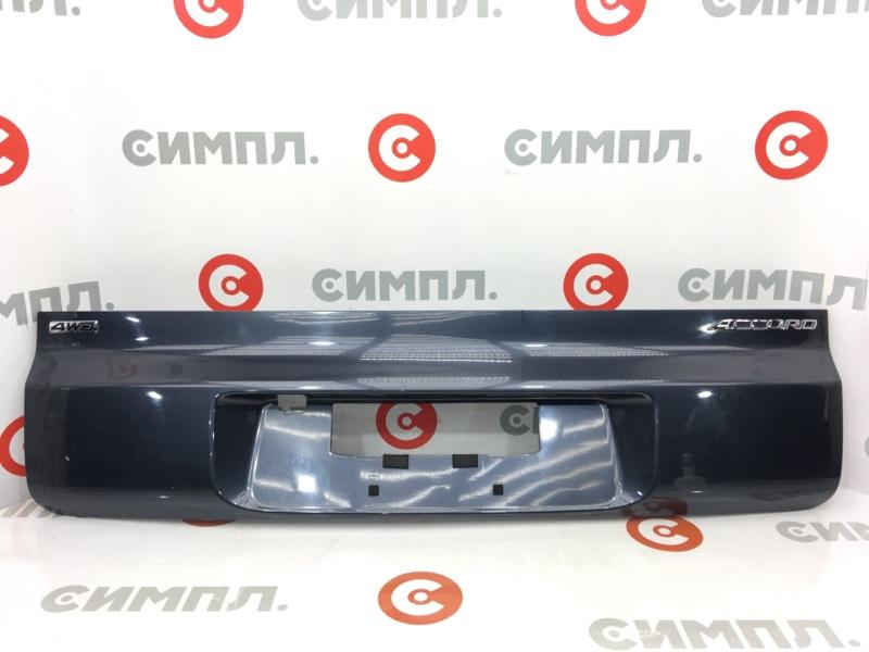 Накладка на дверь багажника Honda Accord CM3 K24A 2003 Нижняя часть. (б/у)