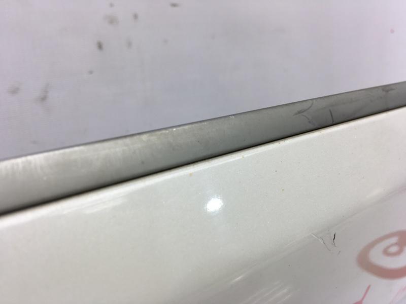 Накладка на дверь Mitsubishi Delica D5 CV5W 4B12 2009 задняя правая (б/у)