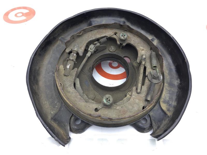Рабочая тормозная система Toyota Land Cruiser LC105 задняя правая Без цилиндра. (б/у)