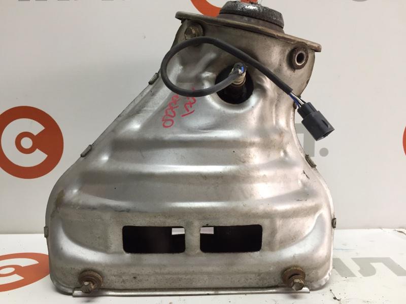 Коллектор выпускной Toyota Wish ZNE10 1ZZ 2004 02773 Кислородный датчик продается отдельно. (б/у)