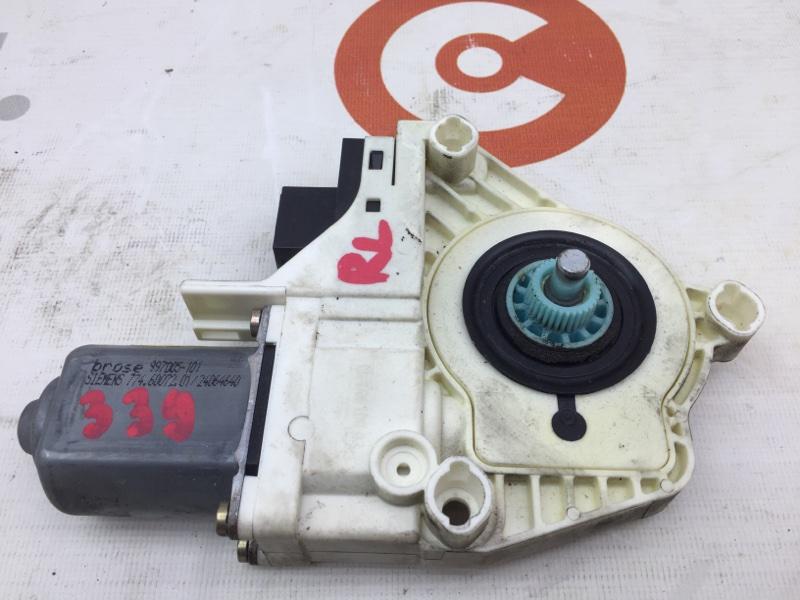Стеклоподъемный механизм Audi A6 4F2 AUK 2004 задний левый Моторчик стеклоподъемника. (б/у)