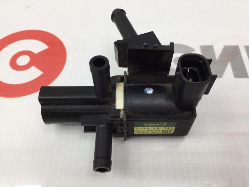 Клапан Mazda Demio DE3FS ZJ 2009 Клапан вакуумный. (б/у)