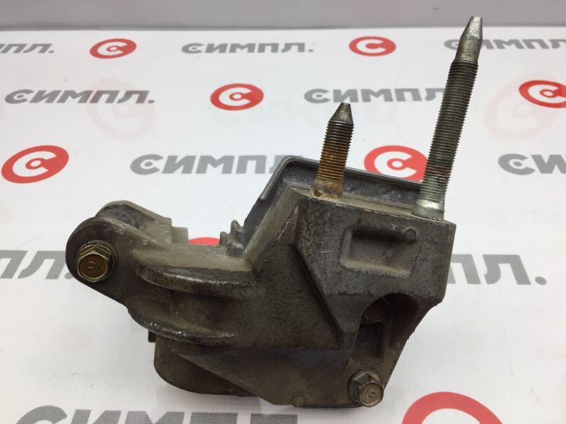 Кронштейн опоры двигателя Honda Stream RN1 D17A 2003 (б/у)