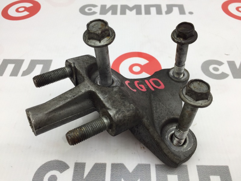 Кронштейн опоры двигателя Nissan March K11 CG10DE 1999 (б/у)