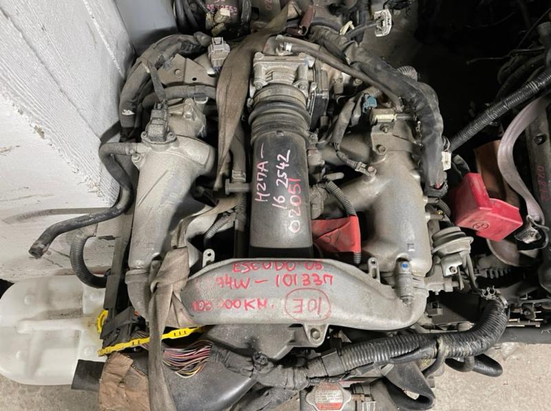 Патрубок радиатора Suzuki Escudo TD94W H27A 2005 нижний (б/у)
