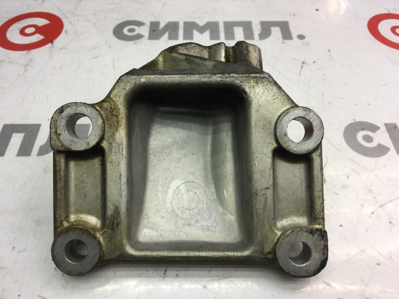 Кронштейн опоры двигателя Infiniti Fx35 S50 VQ35 2010 правый (б/у)