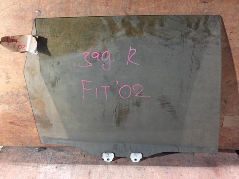 Стекло боковое Honda Fit GD1 L13A 2002 заднее правое (б/у)