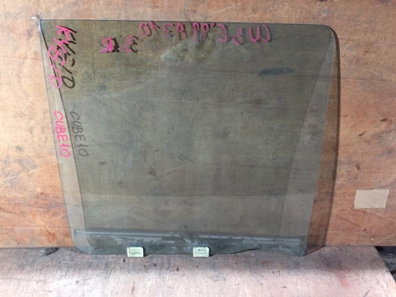 Стекло боковое Nissan Cube AZ10 CG13 2001 заднее правое (б/у)