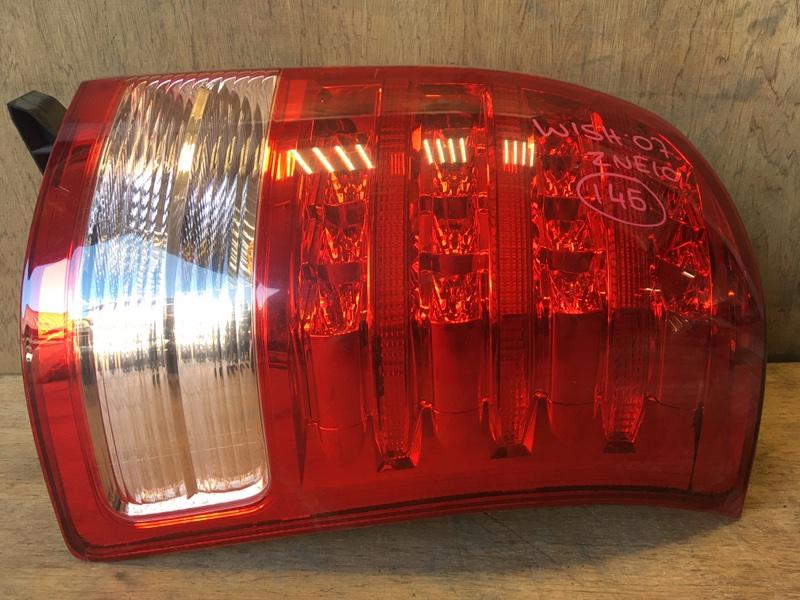 Задний фонарь Toyota Wish ZNE10 1ZZ 2007 задний правый 68-14 (б/у)