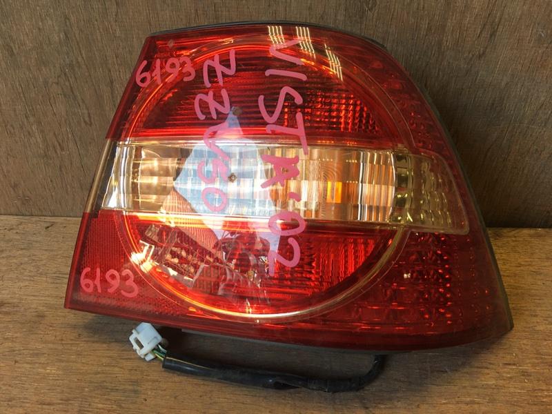 Задний фонарь Toyota Vista ZZV50 1ZZ 2002 задний правый 32-175, R1845, 6193 Скол (см. фото). (б/у)