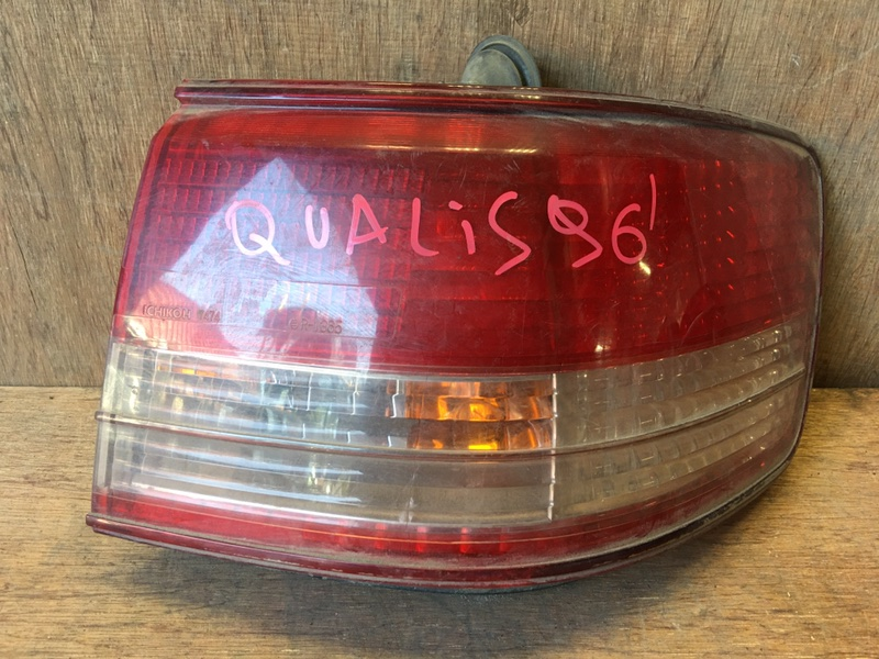 Задний фонарь Toyota Mark Ii Wagon Qualis MCV21 2MZ 1996 задний правый 33-52, 7474, 6131 (б/у)