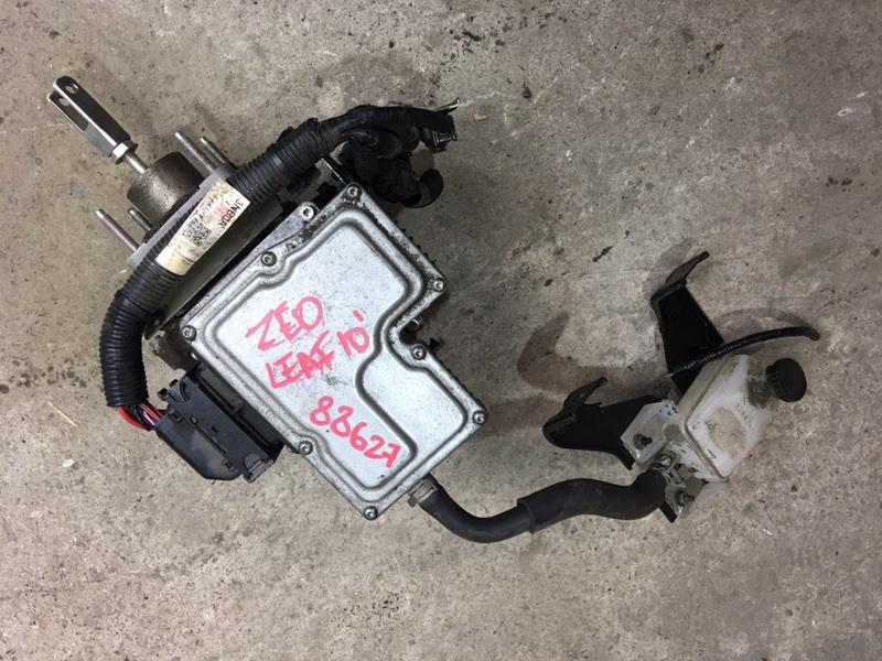 Цилиндр главный тормозной Nissan Leaf ZE0 EM61 2010 88627 (б/у)