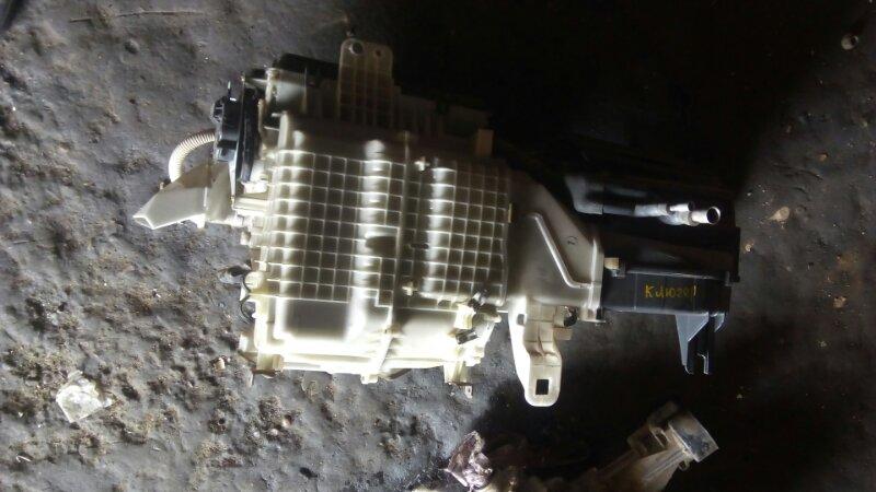 Корпус печки Toyota Kluger V ACU20 1MZFE