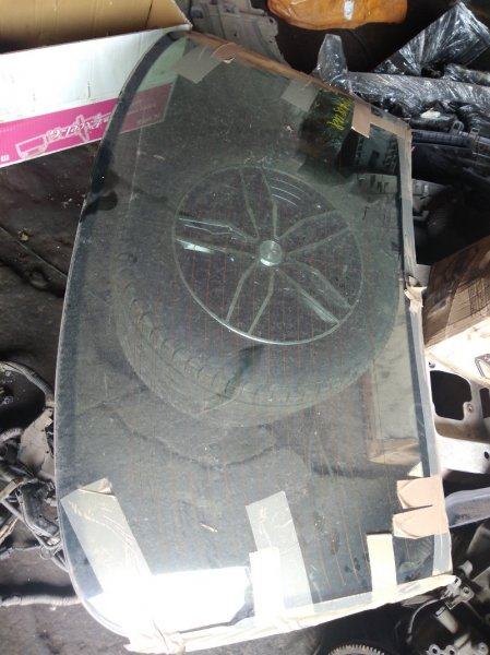 Стекло заднее Toyota Camry Gracia SXV20 5SFE