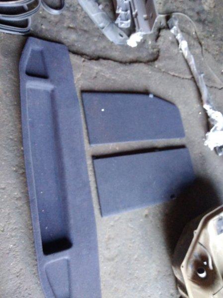Обшивка багажника Honda Stream RN6 R18A нижняя