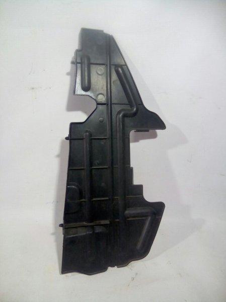 Защита радиатора Toyota Avensis ADT251 1AZFSE правая