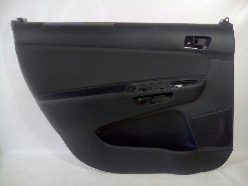 Обшивка двери Toyota Wish ZNE10 1ZZFE 2003 задняя левая
