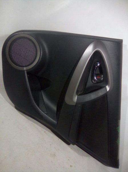 Обшивка двери Toyota Rav4 ACA30 1AZFSE задняя правая