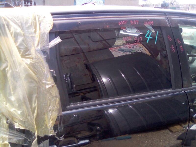 Стекло двери Toyota Ist NCP60 1NZFE заднее правое
