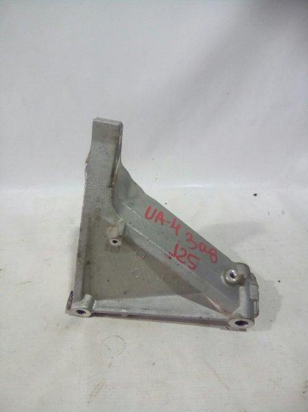 Крепление двигателя Honda Inspire UA4 J25A 2001 заднее