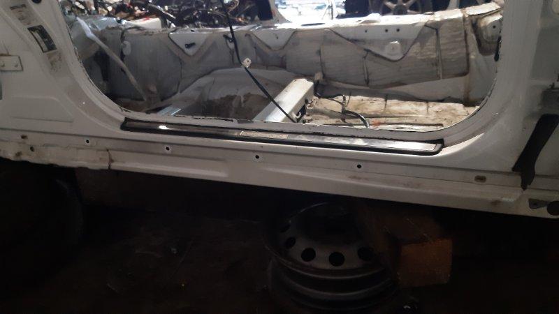 Порог кузовной Toyota Crown GS171 1GFE 2000 правый