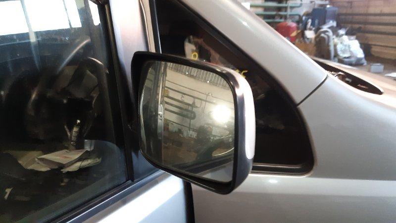 Зеркало Nissan Serena NC25 MR20DE правое
