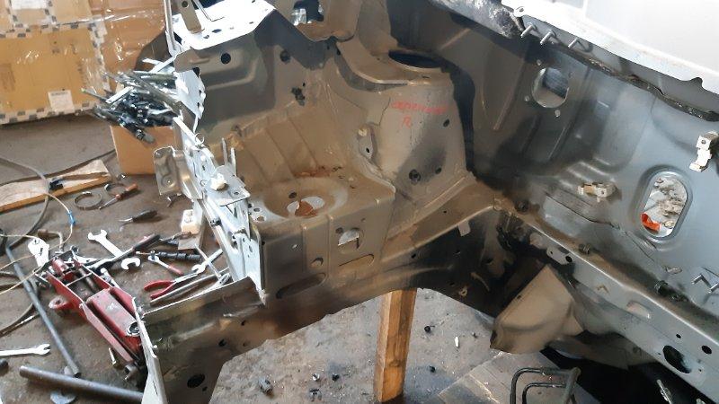 Лонжерон Nissan Serena NC25 MR20DE 2005 правый