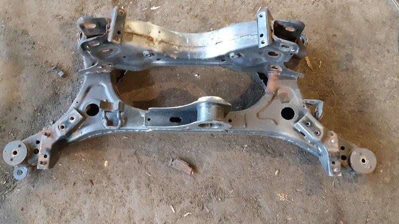 Балка задняя Nissan Serena NC25 MR20DE 2005 задняя