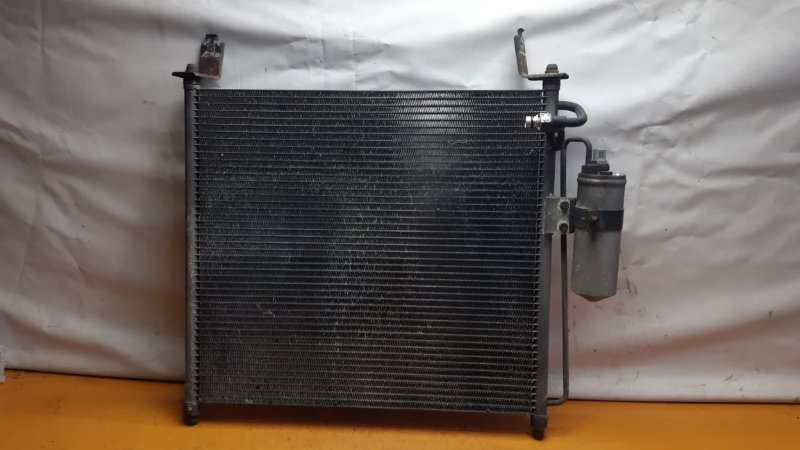 Радиатор кондиционера Mazda Bongo Friendee SG5W J5D