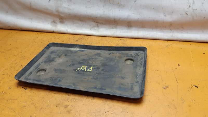 Подставка под аккумулятор Mazda Bongo Friendee SG5W FEE