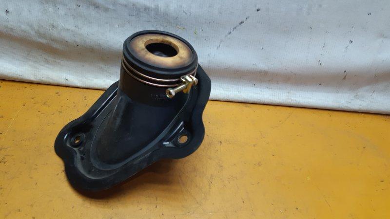 Пыльник рулевой колонки Nissan X-Trail NT30 QR20DE 2002