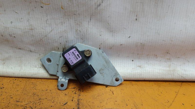 Блок электронный Nissan Serena NC25 MR20DE 2005