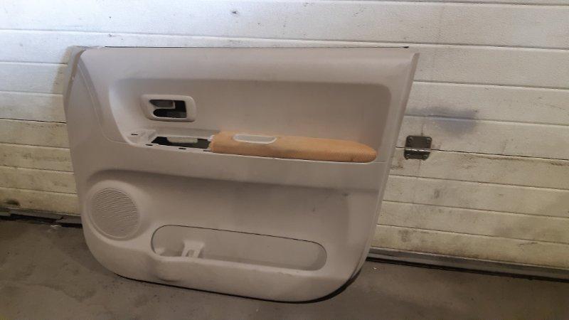 Обшивка двери Toyota Porte NNP10 1NZFE 2002 передняя правая