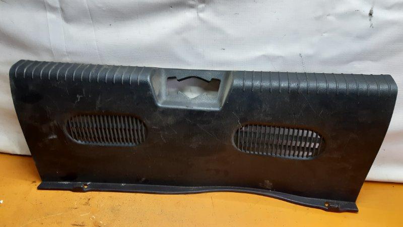 Накладка багажника Hyundai Solaris QB G4FA 2013