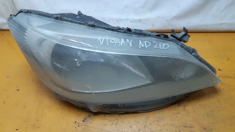 Фара Nissan Nv200 правая