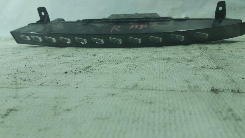 Габаритный огонь Audi Q7 4LB BAR правый