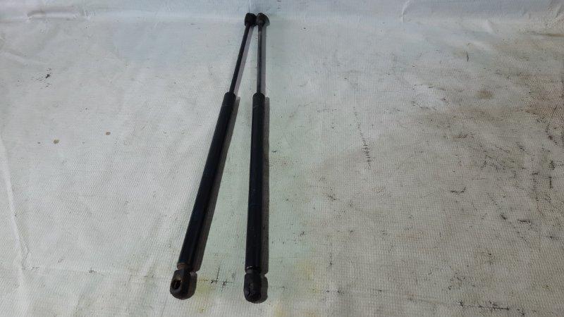 Амортизатор крышки багажника Nissan Presage U30