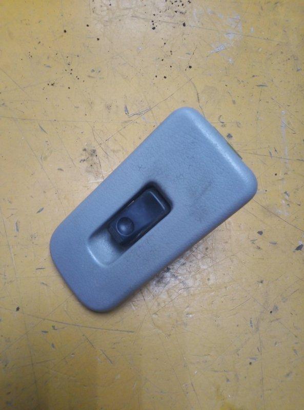 Кнопка стеклоподъемника Mazda Bongo Friendee SG5W FEE передняя левая